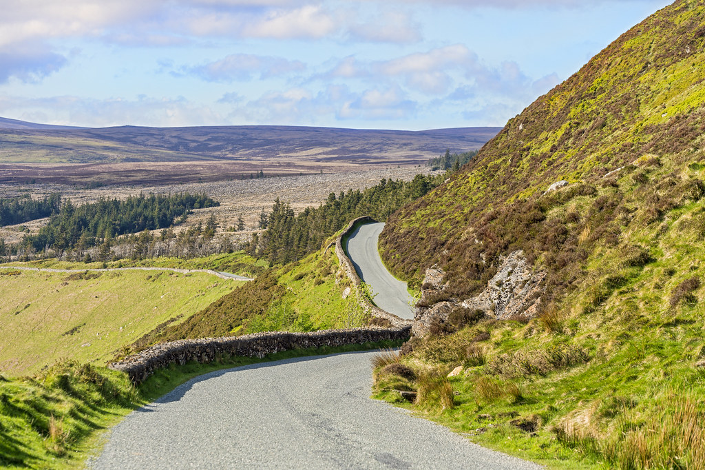Road trough the Wicklow Mountains